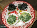 Fried river weed and vegetable cook with egg